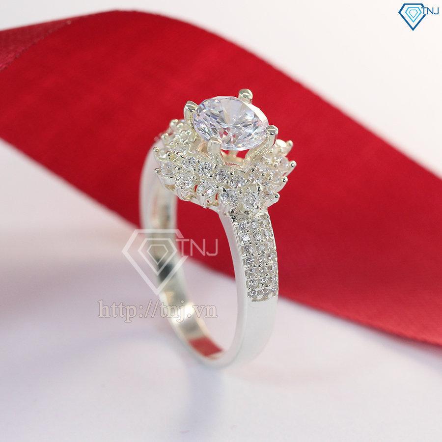 Nhẫn bạc nữ hình bông tuyết đính đá sang trọng NN0217