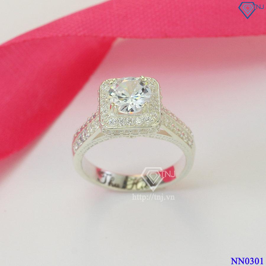 Nhẫn mặt đá vuông nữ sang trọng NN0301