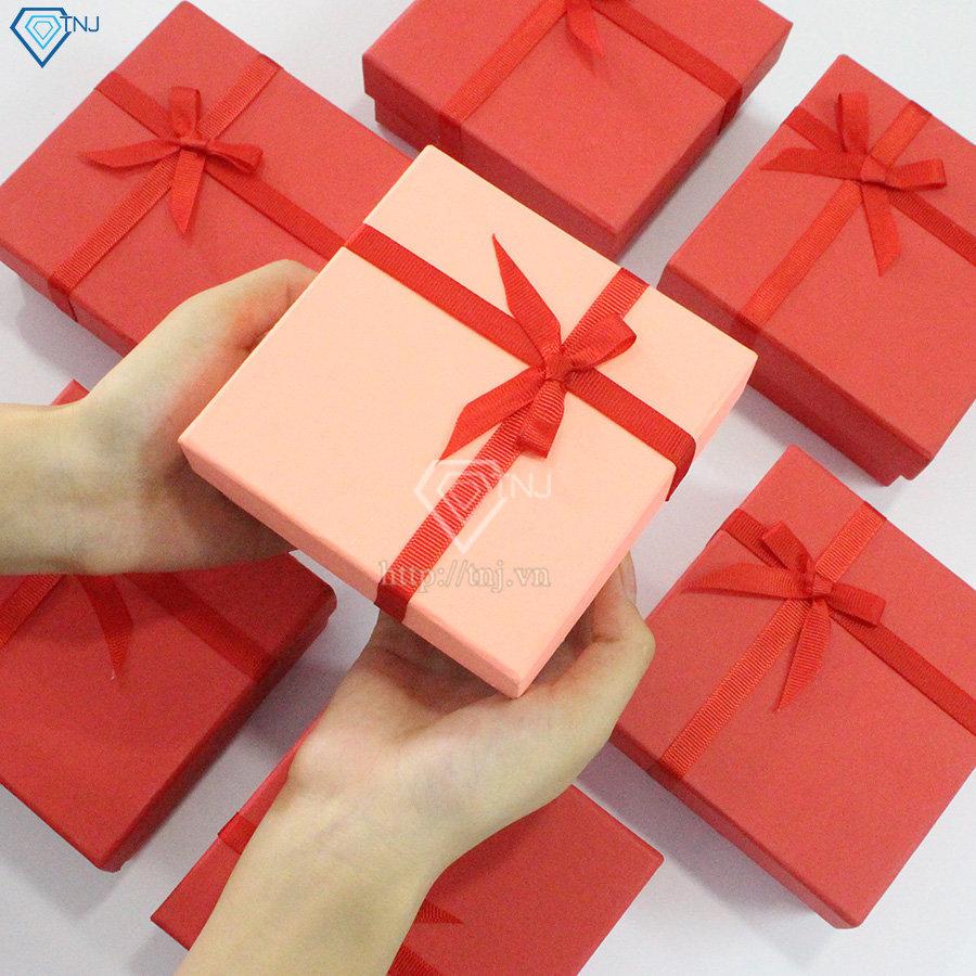 tặng quà bạn thân